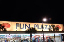 Fun Plaza 902 N Ocean Blvd Image